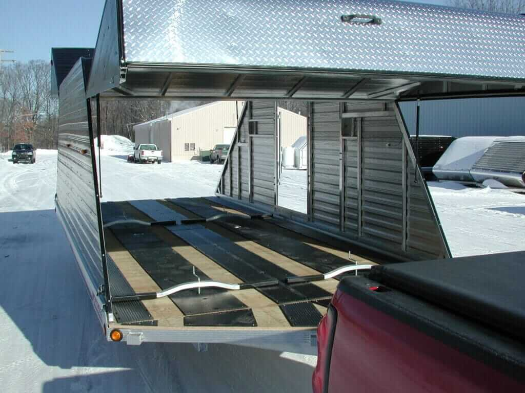004 SNOW OPENED UP FOUR PLACE